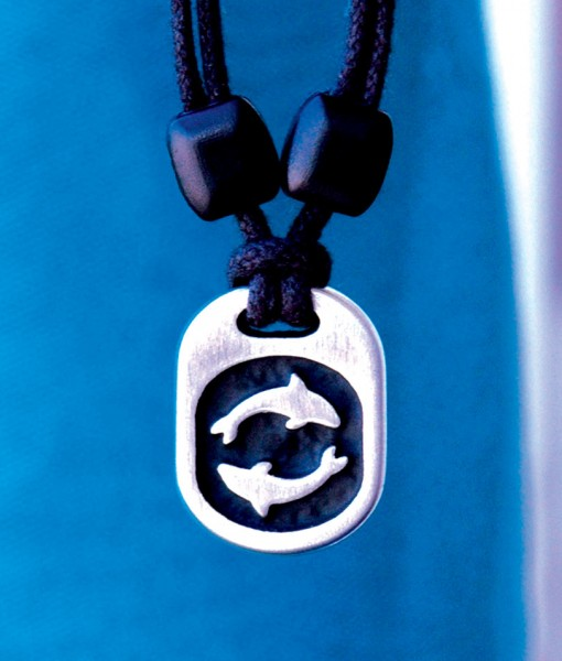 Metal Ice dolphins pendant
