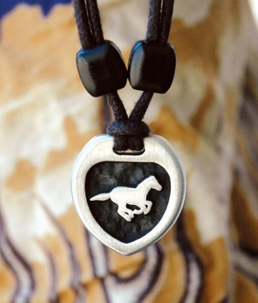 Metal Ice horse pendant