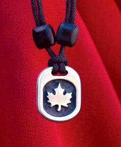 Metal Ice maple leaf pendant