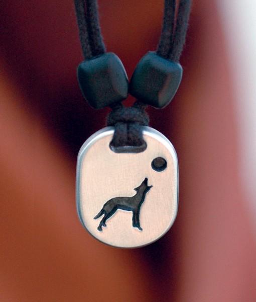 Metal Ice wolf pendant